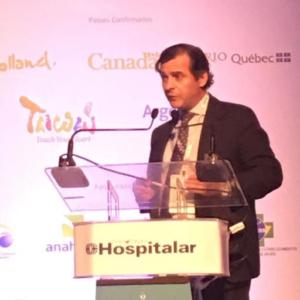 Dr. Carlos Hugo Martínez